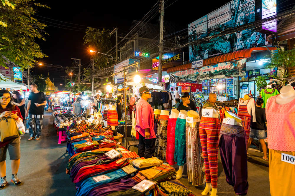 Sunday night market at Chiang Mai